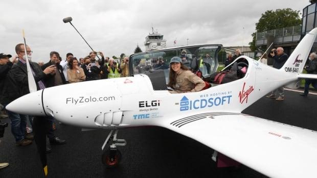Teenager seeks to break women's solo flight record