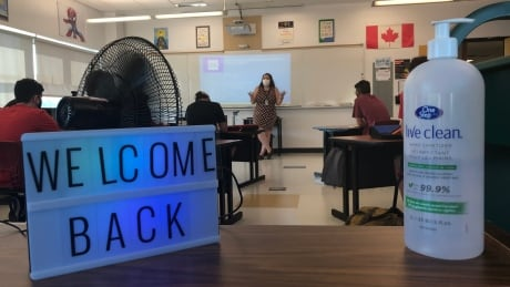 At least 335 Windsor-Essex students exposed to COVID-19 during 1st week of school