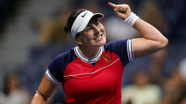 Andreescu remains perfect at U.S. Open taking 3-set victory over Golubic   CBC Sports