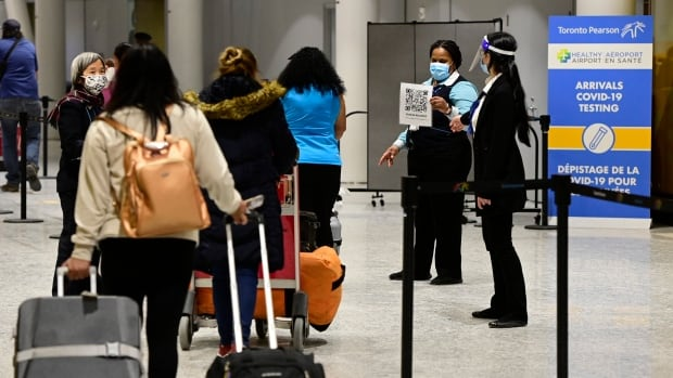 Expect longer wait times at Pearson Airport, passengers told due to border change on Tuesday