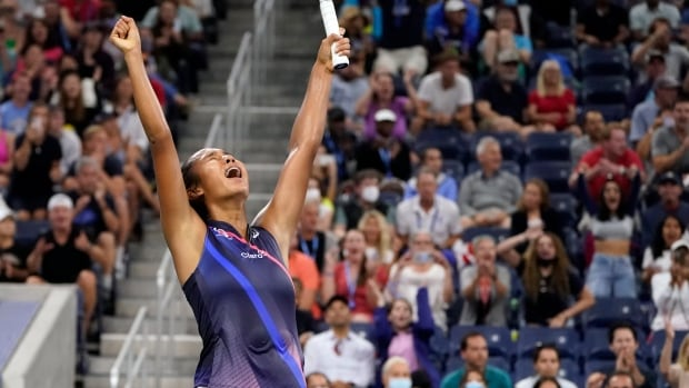 Canada's Fernandez extends U.S. Open charge with comeback victory over Kerber