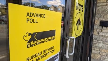 Federal Election Polling Station, Saskatoon, Royal Canadian Legion 2021