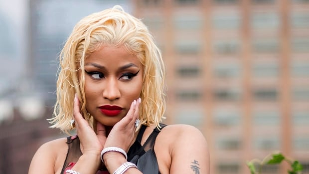 White House offers to call Nicki Minaj after misinformed vaccine tweet goes viral | CBC News