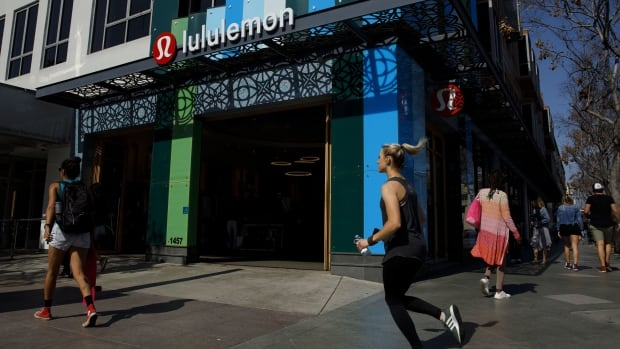 Lululemon reaches exclusive deal to make Canada's official Olympic gear through 2028
