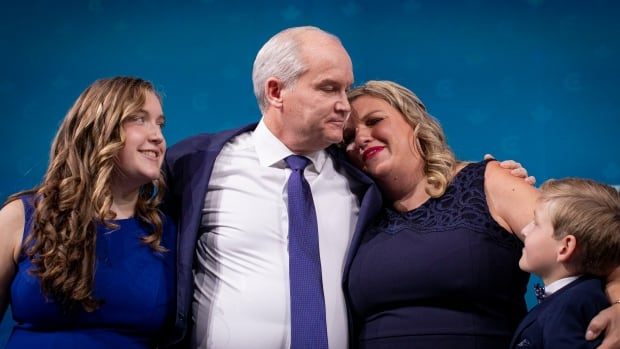 Conservatives divided on what to do about Erin O'Toole after election loss
