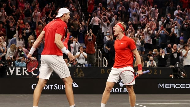 Shapovalov, Isner score lone win for Team World in doubles action at Laver Cup