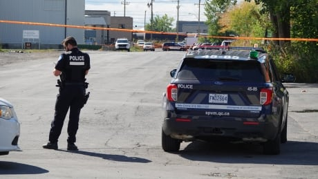 <div>33-year-old man found dead after shooting in Montreal's east end</div>