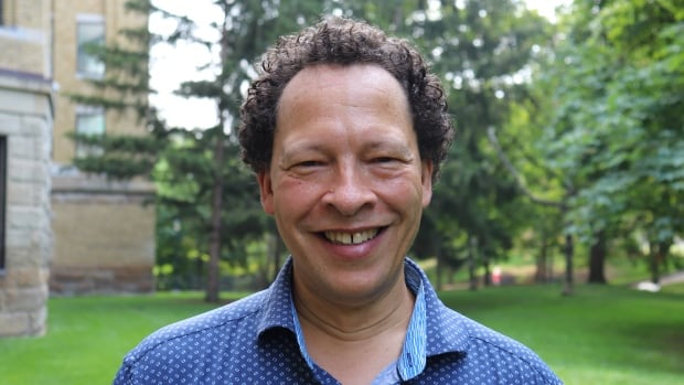 Lawrence Hill reflects on dealing with literary criticism and winning Canada Reads twice