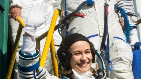 Russian filmmakers headed for Earth from space station