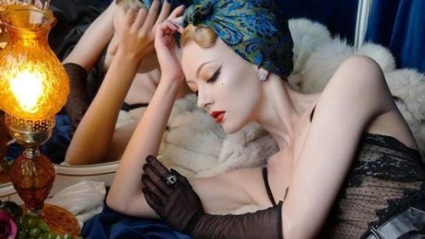 Ontario artist Hanna Ellis featured in Vogue magazine