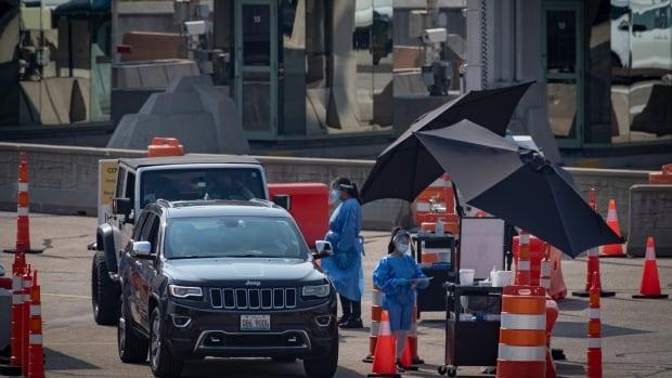 Toronto man raises security alarm after getting strangers' COVID-19 test details | CBC News