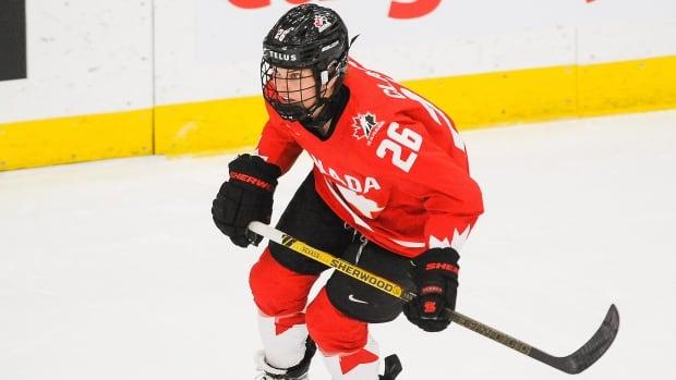 Image Canada handily defeats U.S. in pre-Olympic women's hockey exhibition