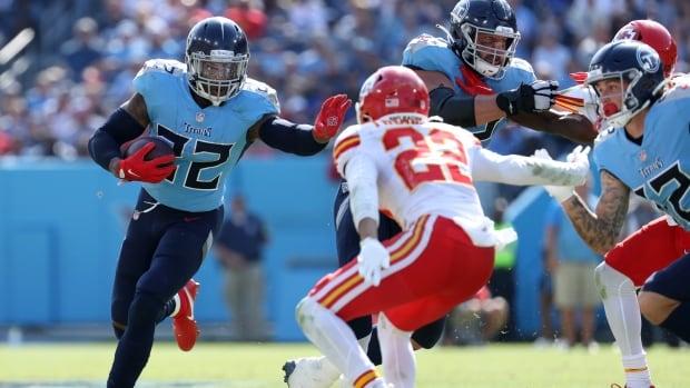 Titans start fast to claim dominant win over Kansas City