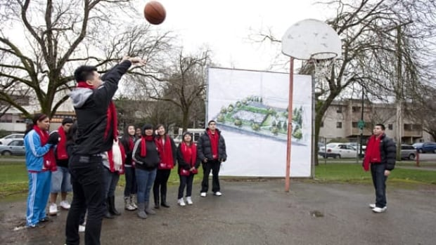 sportsday-basketball-youth